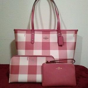 Coach Buffalo Plaid City Zip Handbag & Accessories